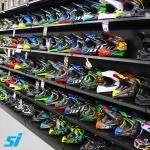 Stylish retail gondola wall shelving